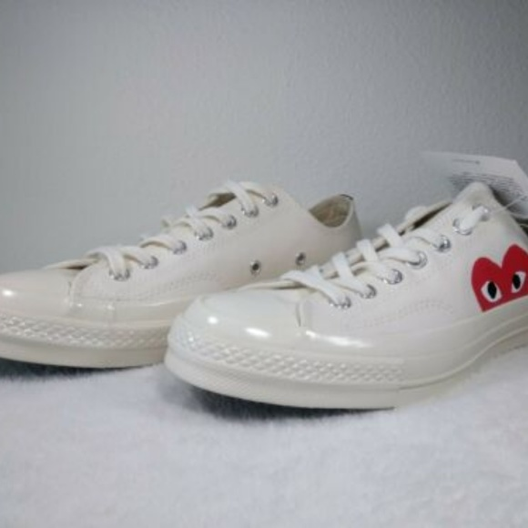 23ad74d387aea CONVERSE X COMME DES GARCONS PLAY LOW CHUCK 70 WHI
